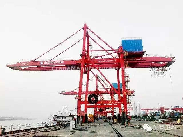 Ship to shore gantry crane for Yicang in year 2013