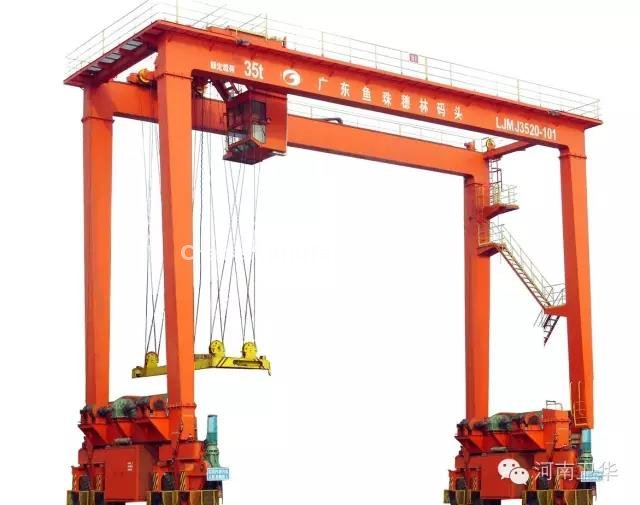 Rubber tyred container crane for Guangdong in year 2013